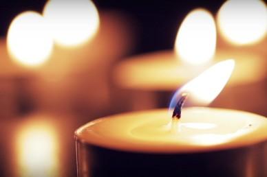 Burning Candles Christian Video Loop